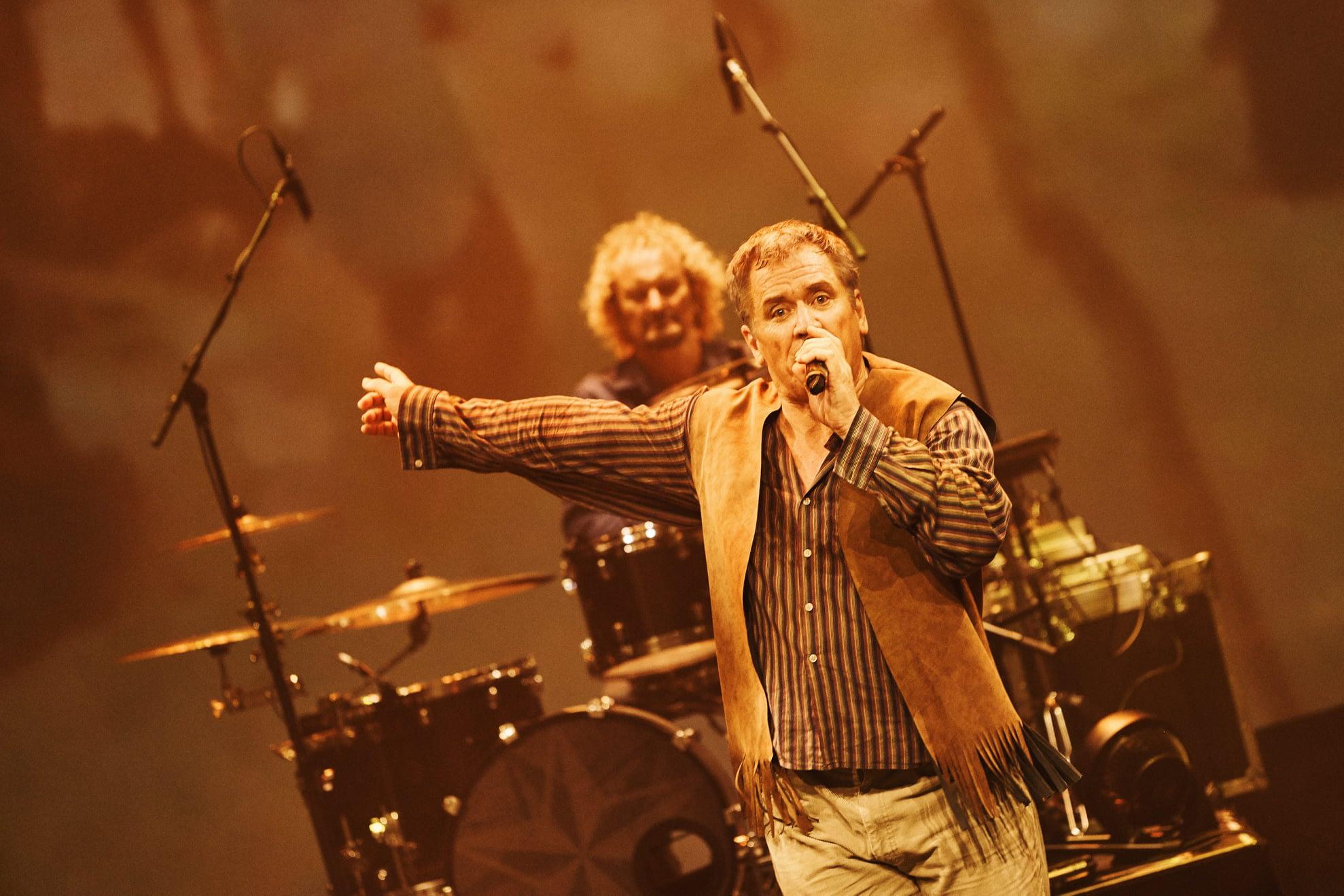 Chris in Good Morning Vietnam Live in Concert